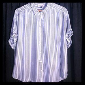 Women's short sleeved button down blouse